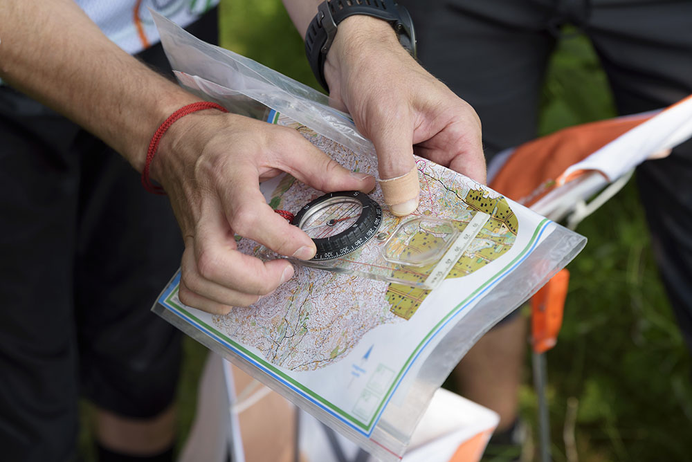 Compass and map for orienteering | Land Rover Explore